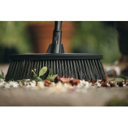 Fiskars M scopa scopone super leggera ergonomica giardino viale + manico incluso